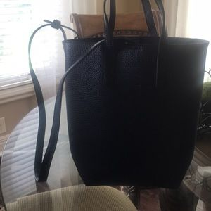 AMERICAN EAGLE OUTFITTERS tote.